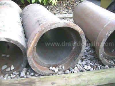 clay drain pipes